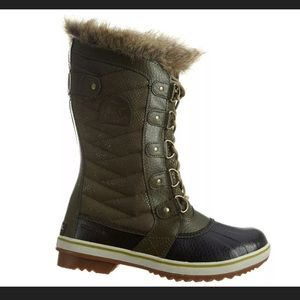 Sorel Women's TOFINO II Peatmoss/Black boots